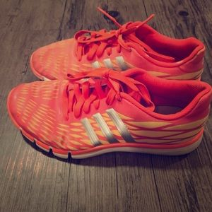 Women's Adidas size 7.5 orange tennis shoes